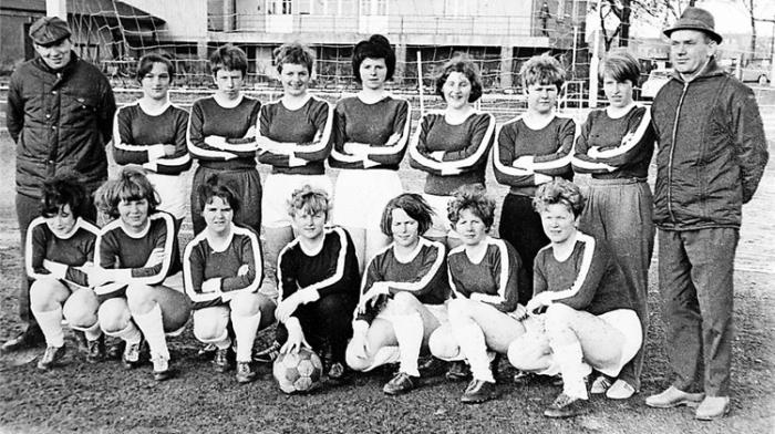 Frauenfußball-historisch